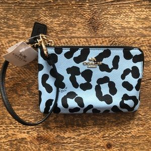 Coach Wristlet Brand New With Tags! 💙